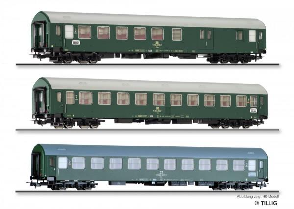 """Reisezugwagenset """"Interzonenzug 2"""" der DR, bestehend aus zwei Reisezugwagen Typ Y/B 70 und einem Rei"""