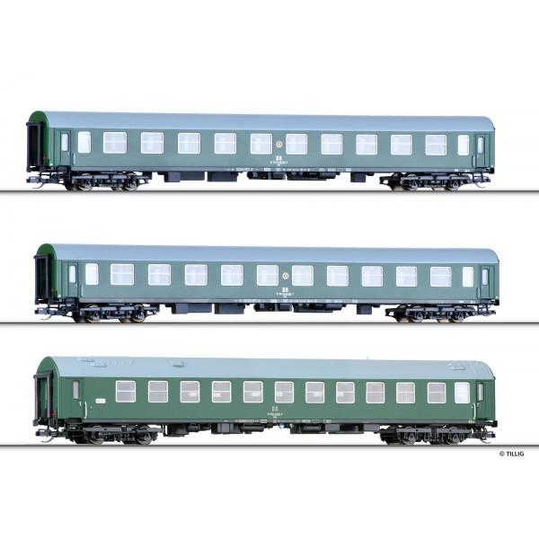 """Reisezugwagenset """"Regierungszug"""" der DR, bestehend aus zwei Reisezugwagen, Bauart Halberstadt, und e"""