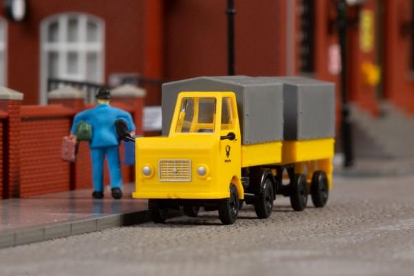 Multicar M22 Post mit Anhaenger